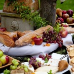 Fall Entertaining.. Tips on Creating a Beautiful Cheese Board in the Rough Luxe Style