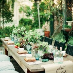 10 Casual Summer Tablescapes to Copy