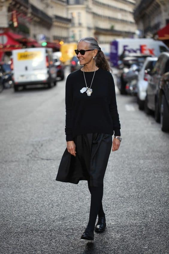 gray haired linda wright in all black
