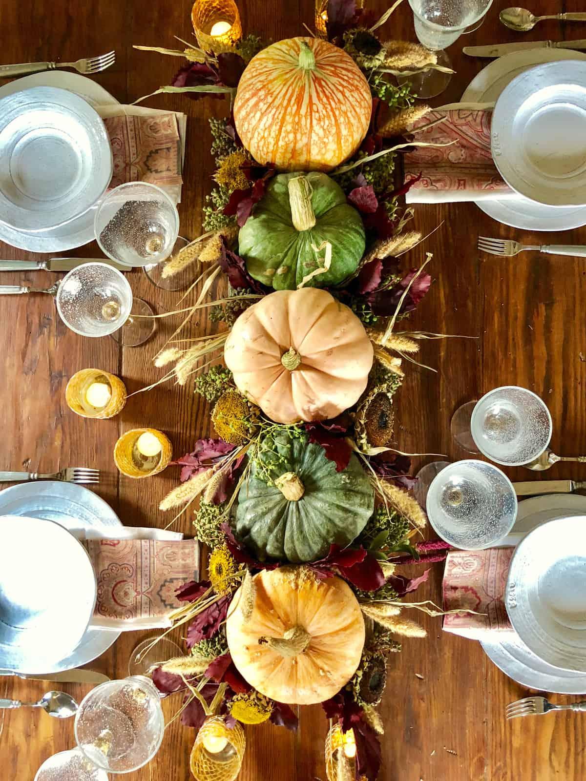 tablesape with pumpkins,privet, wheat