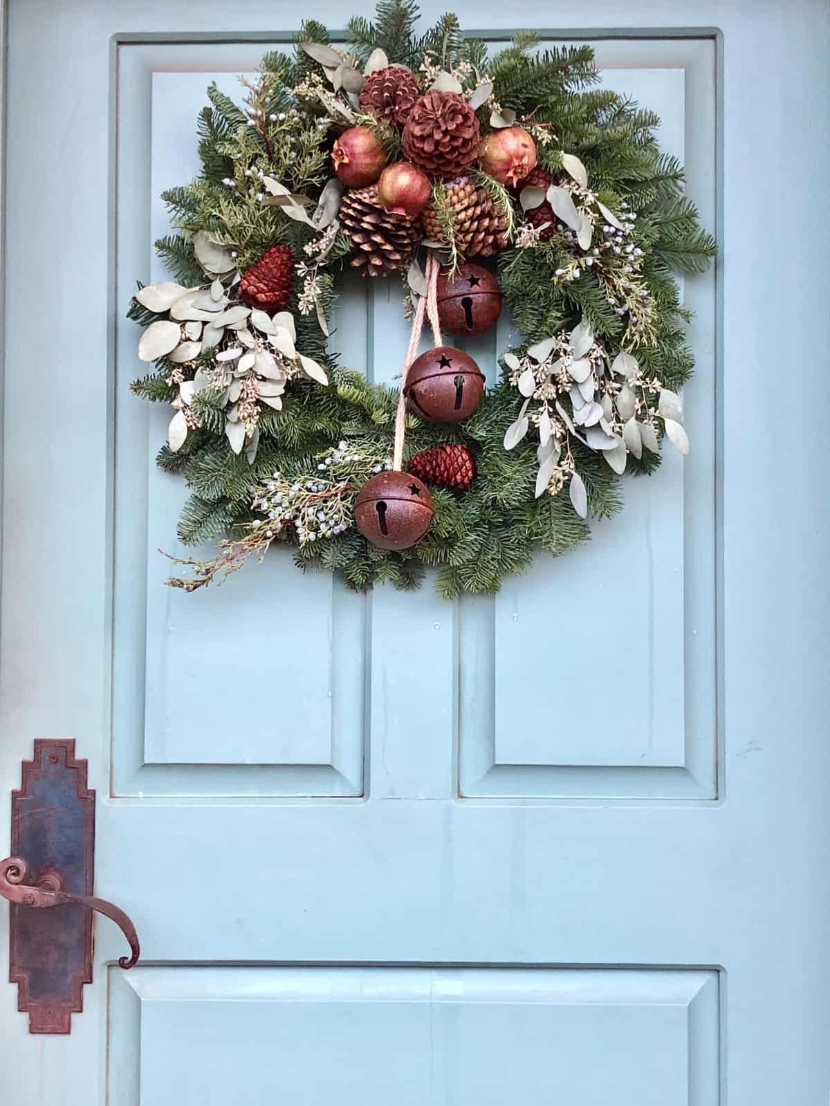 christmas decor rooted in nature