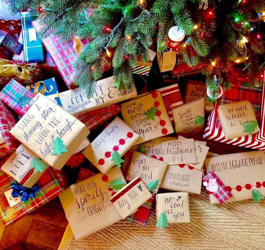 20 clever gift wrap ideas with brown paper