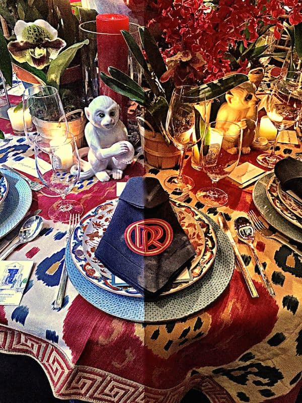 Stylish Patriotic Tablescapes you can Copy