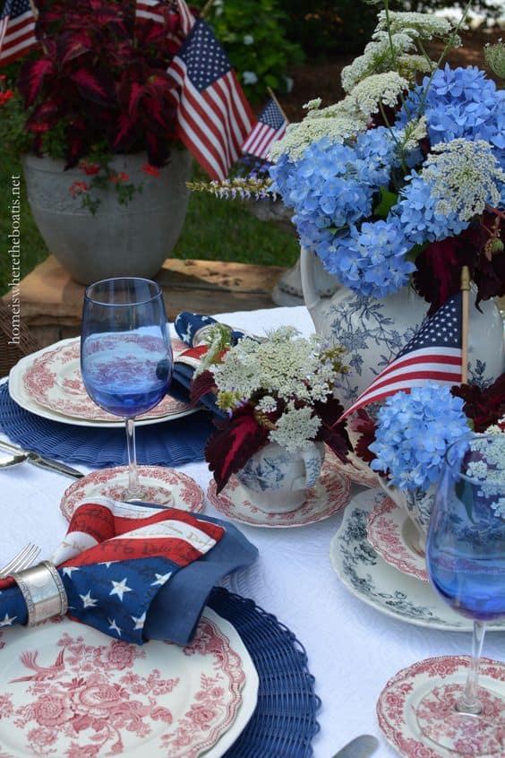 stylish patriotic table settings you can copy