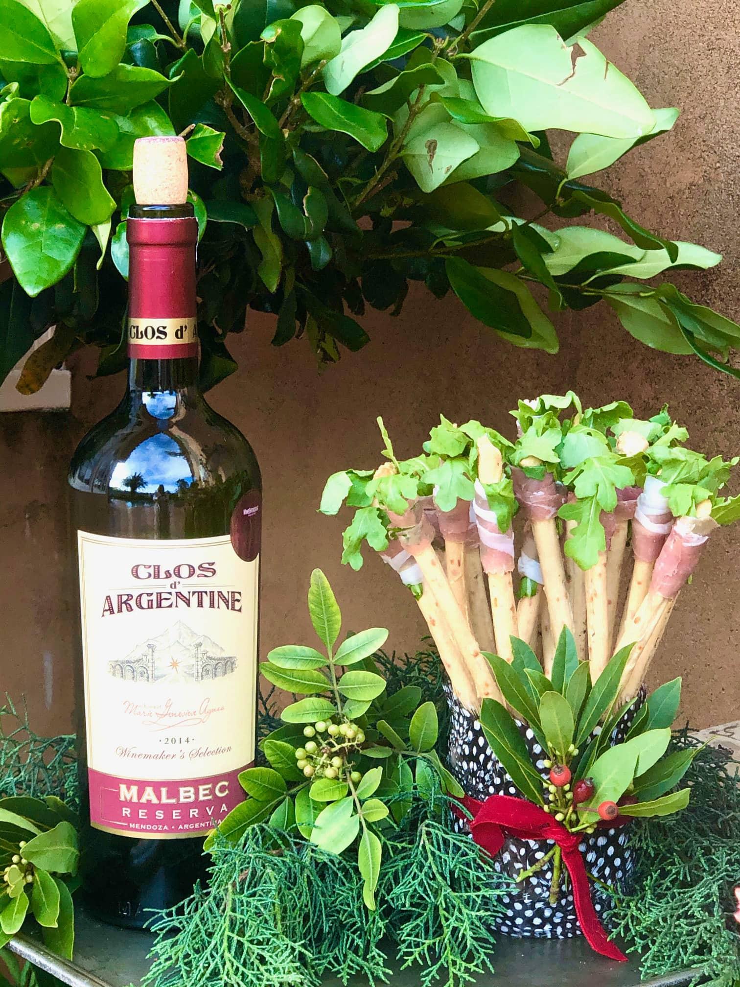 breadsticks with prosciutto and arugula