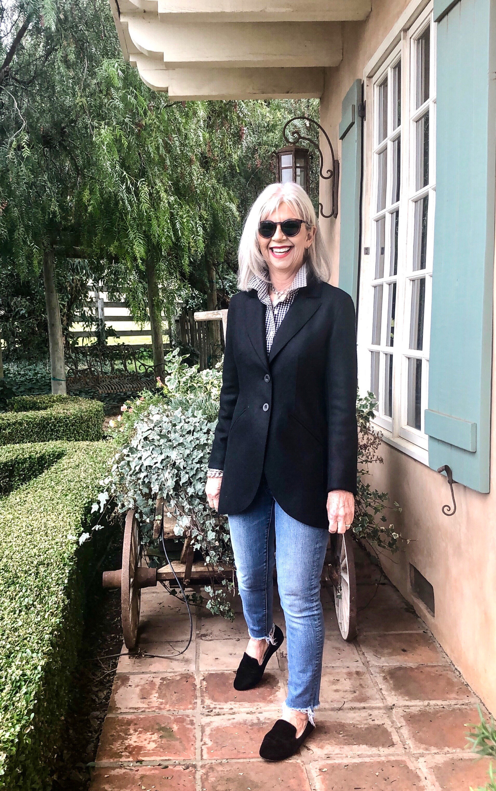 cindy hattersley in Peruvian Connection Black Blazer and Jeans