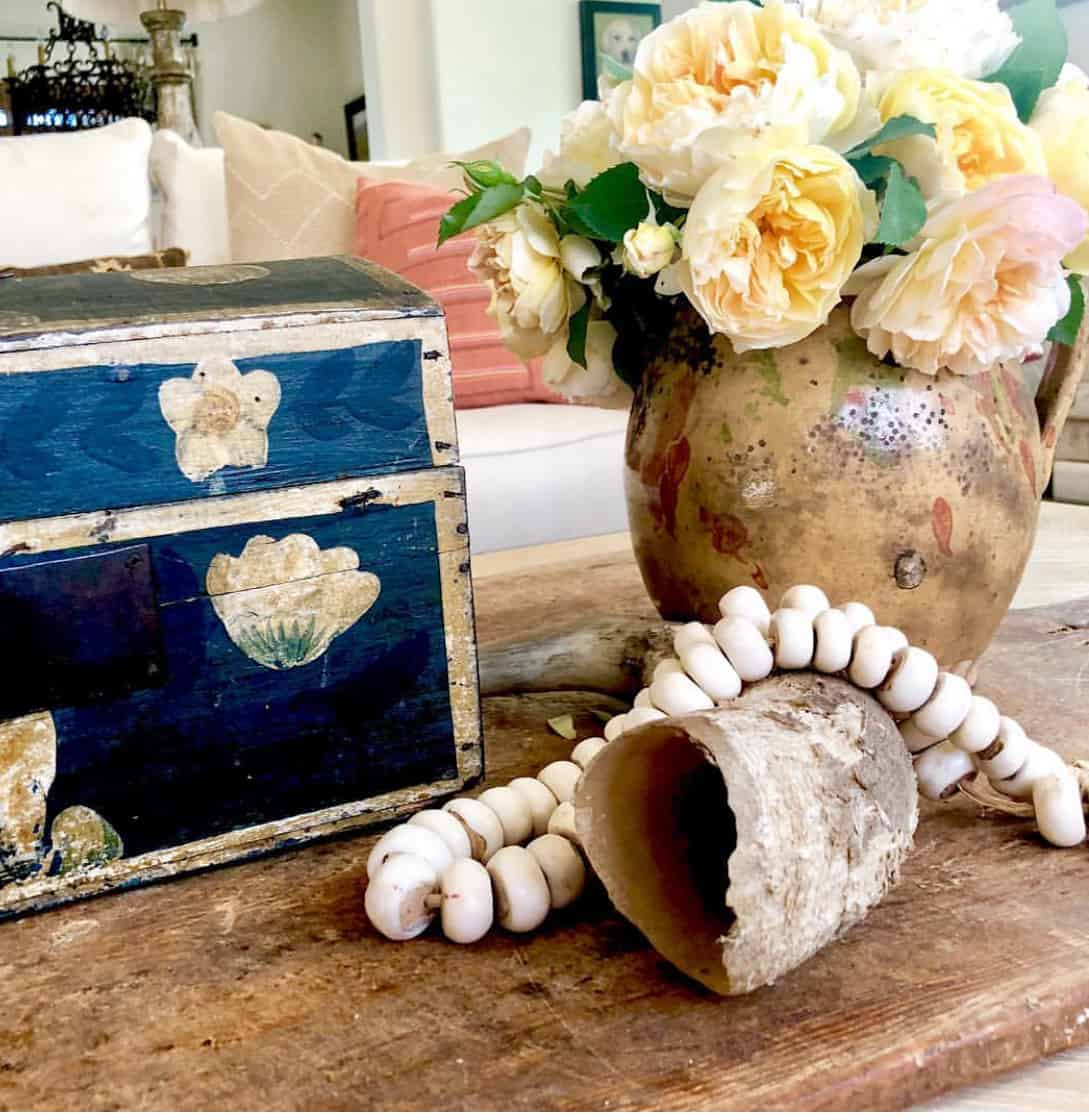 how to use vintage breadboards to decorate