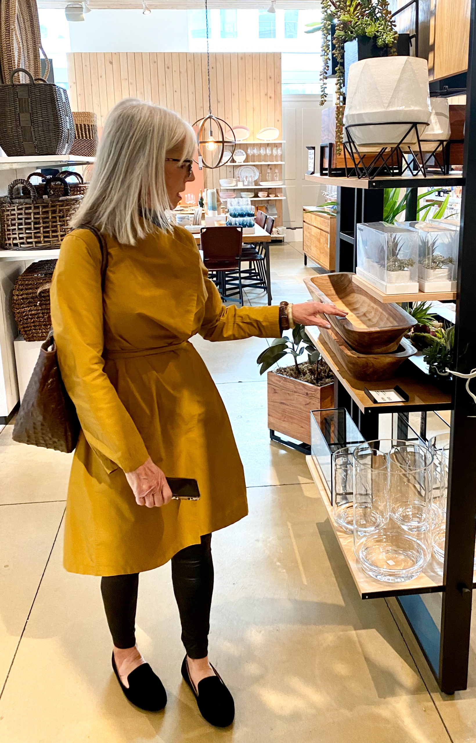 cindy hattersley in eileen fisher in crate and barrel