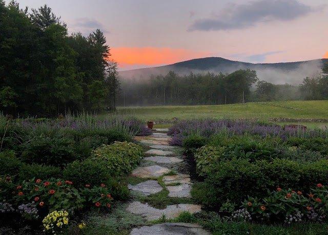 tahilla farm sunset