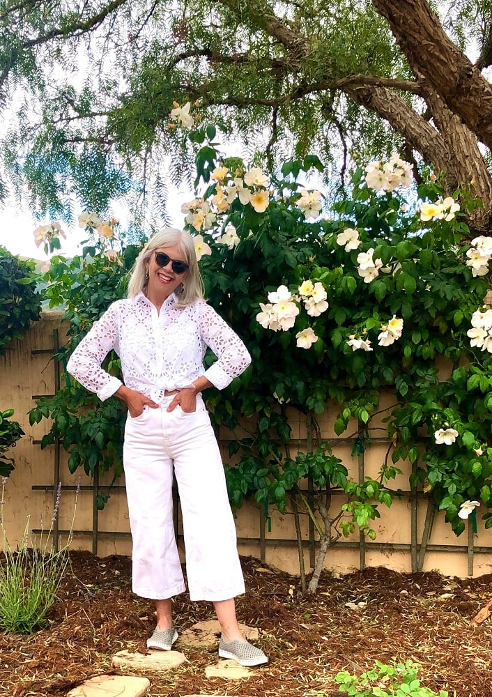cindy hattersley in wide leg jeans, j crew eyelet, and ilse jacobson tulip shoes
