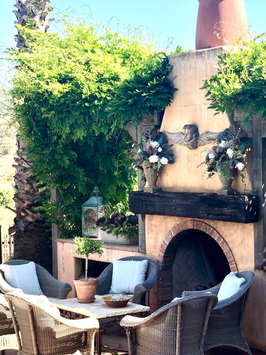 cindy hattersley's outdoor fireplace