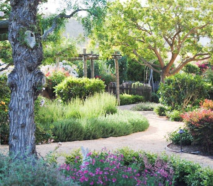 design blogger cindy hattersley's gravel pathway