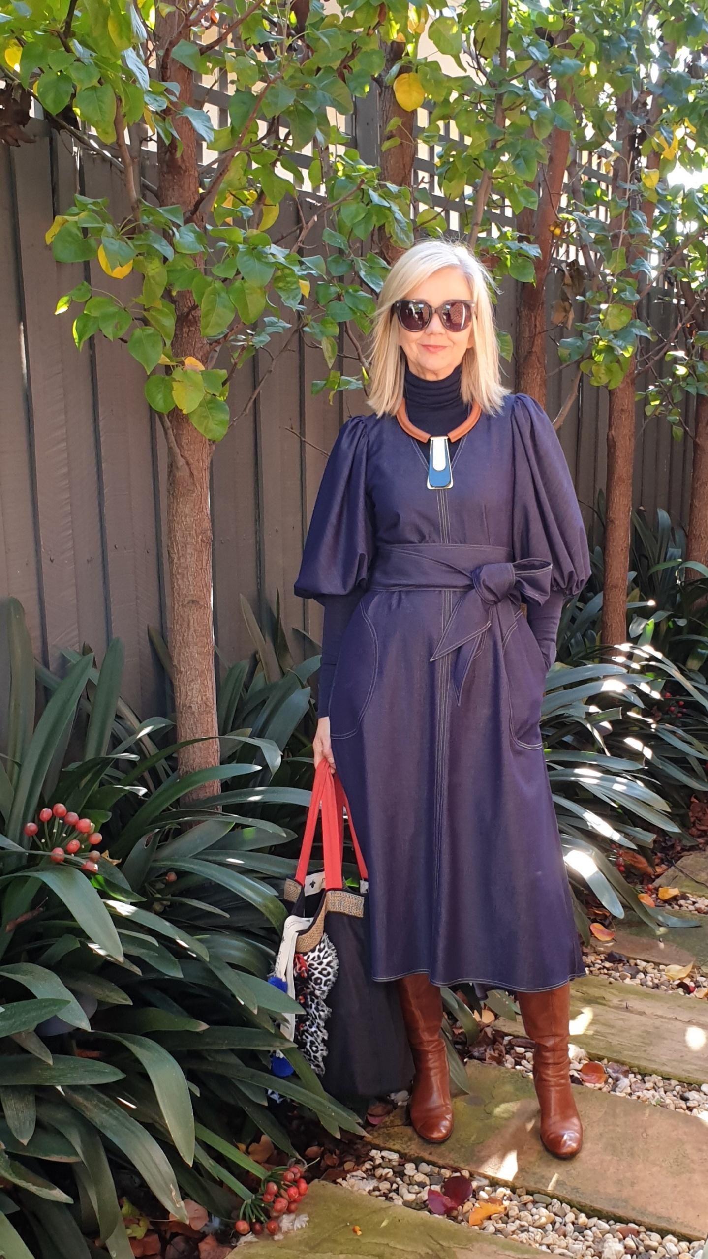 Sarah London in fall tiered dress