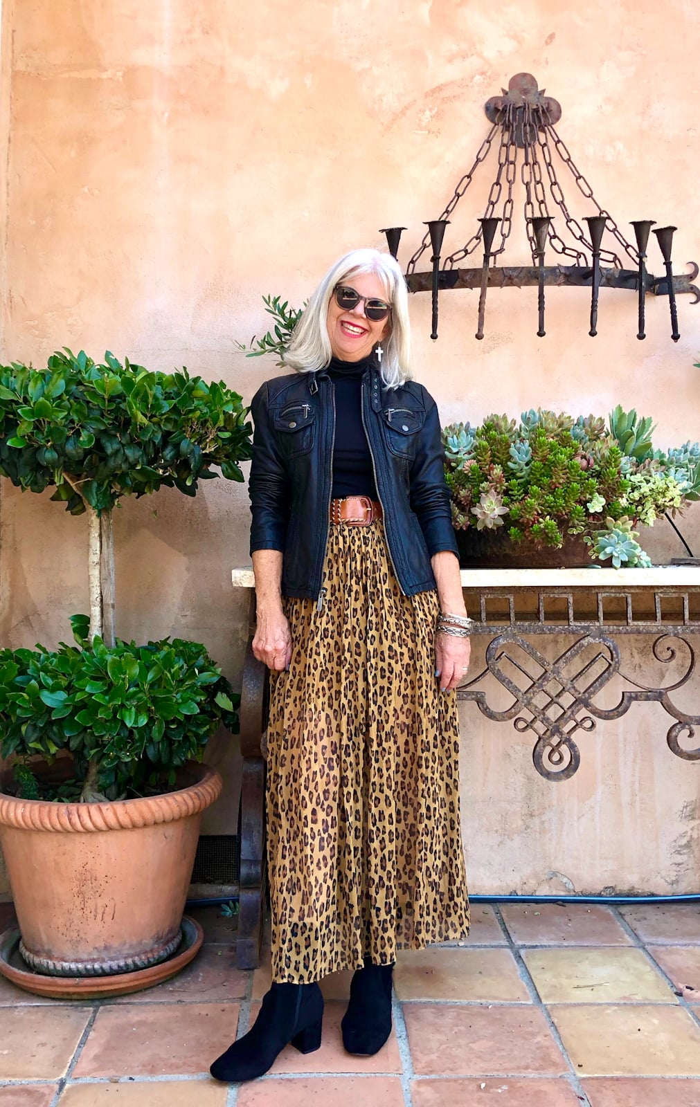cindy hattersley in free people leopard skirt and turtleneck