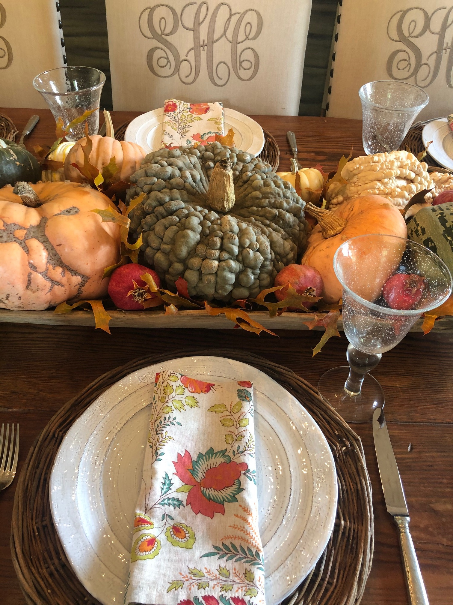 CINDY HATTERSLEY FALL TABLESCAPE