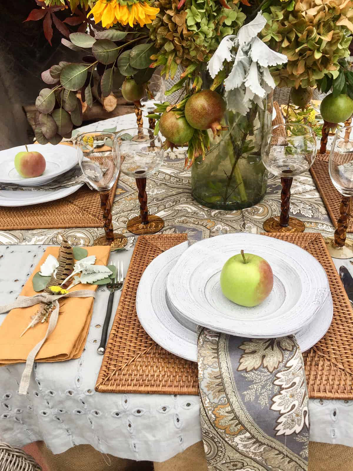 cindy hattersley design outdoor fall tablescape
