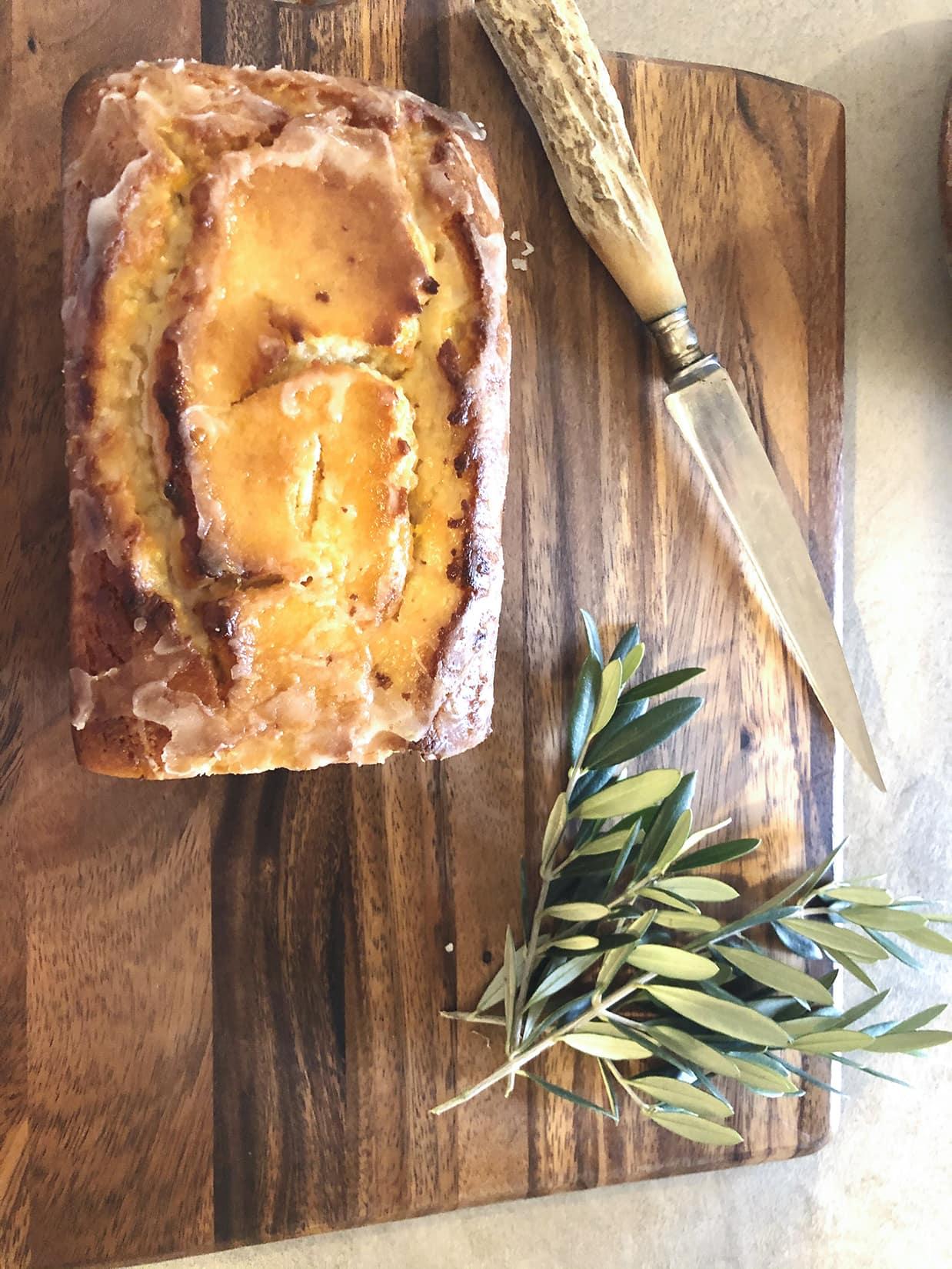 Ina Garten Yogurt Lemon Cake on Cindy Hattersley's blog