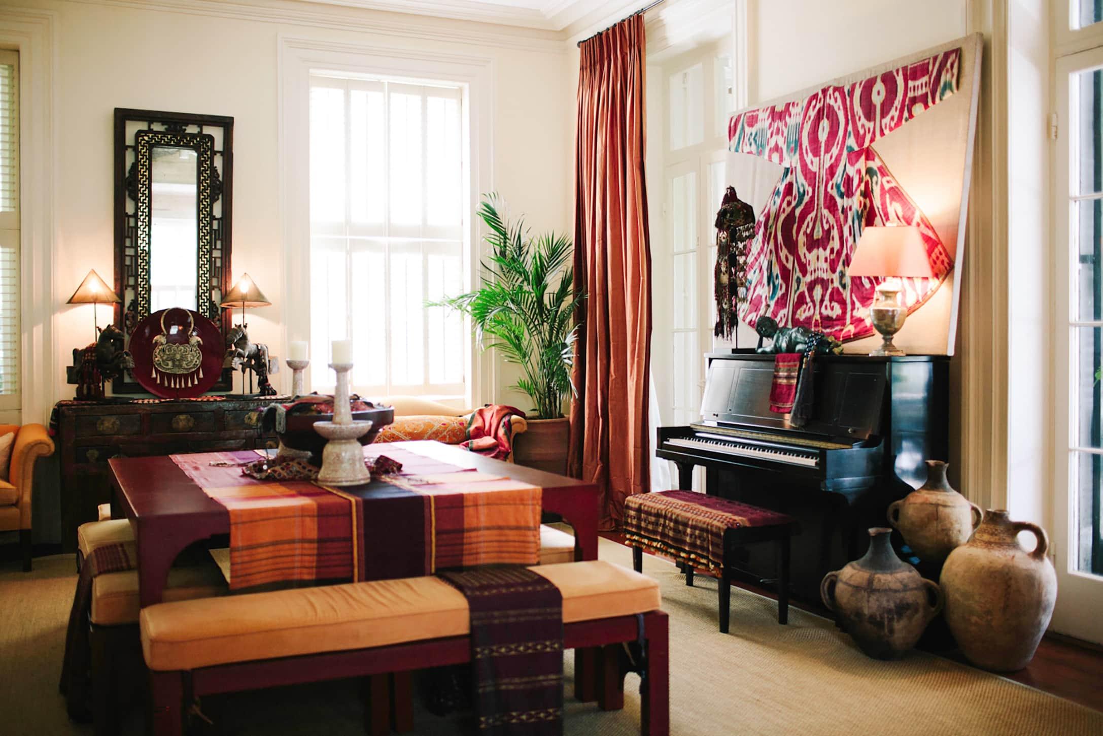 Susan Walker's Charleston living room