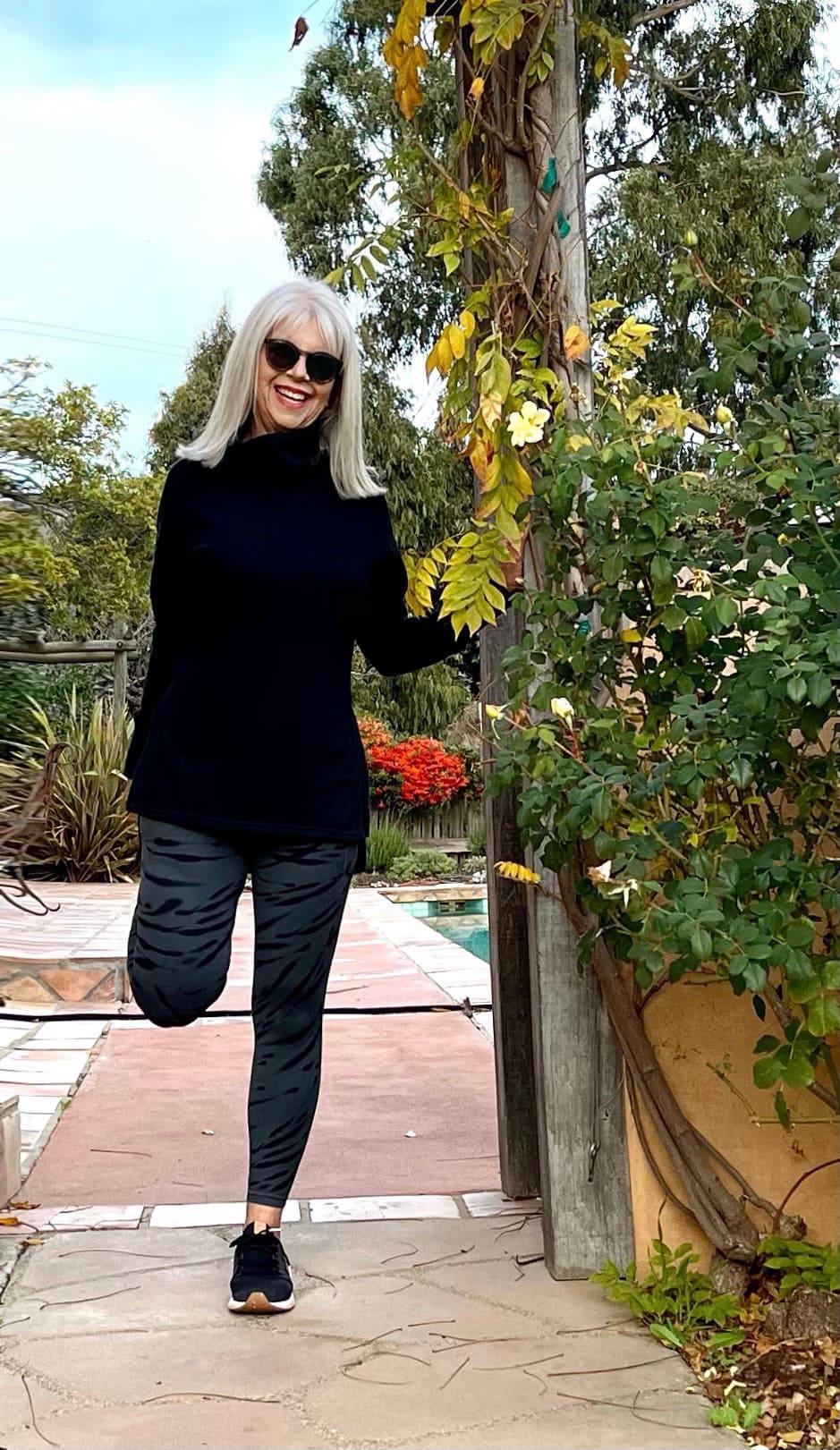 cindy hattersley in Target Sweatshirt and Athleta leggings and new balance tennies