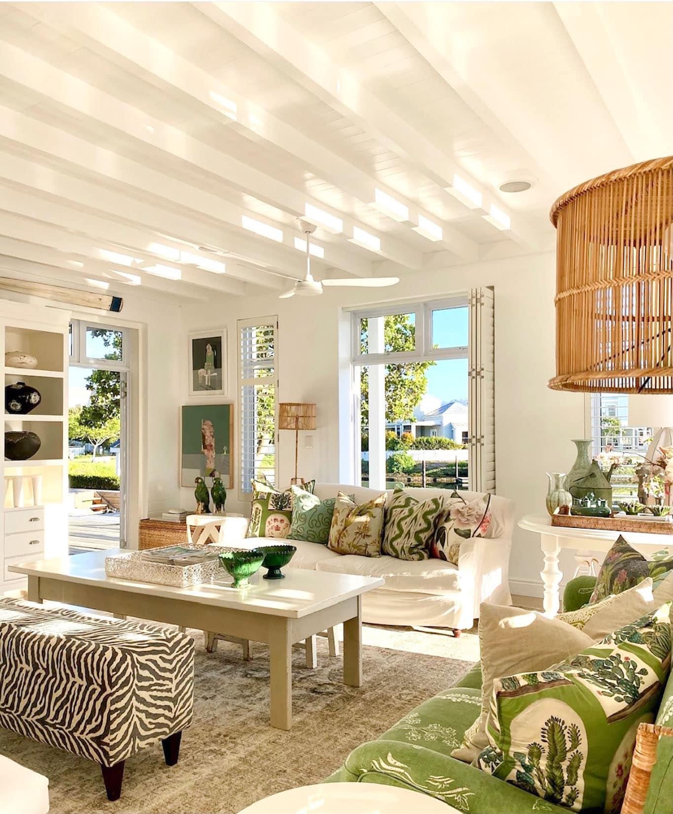 sue bond's gorgeous family room