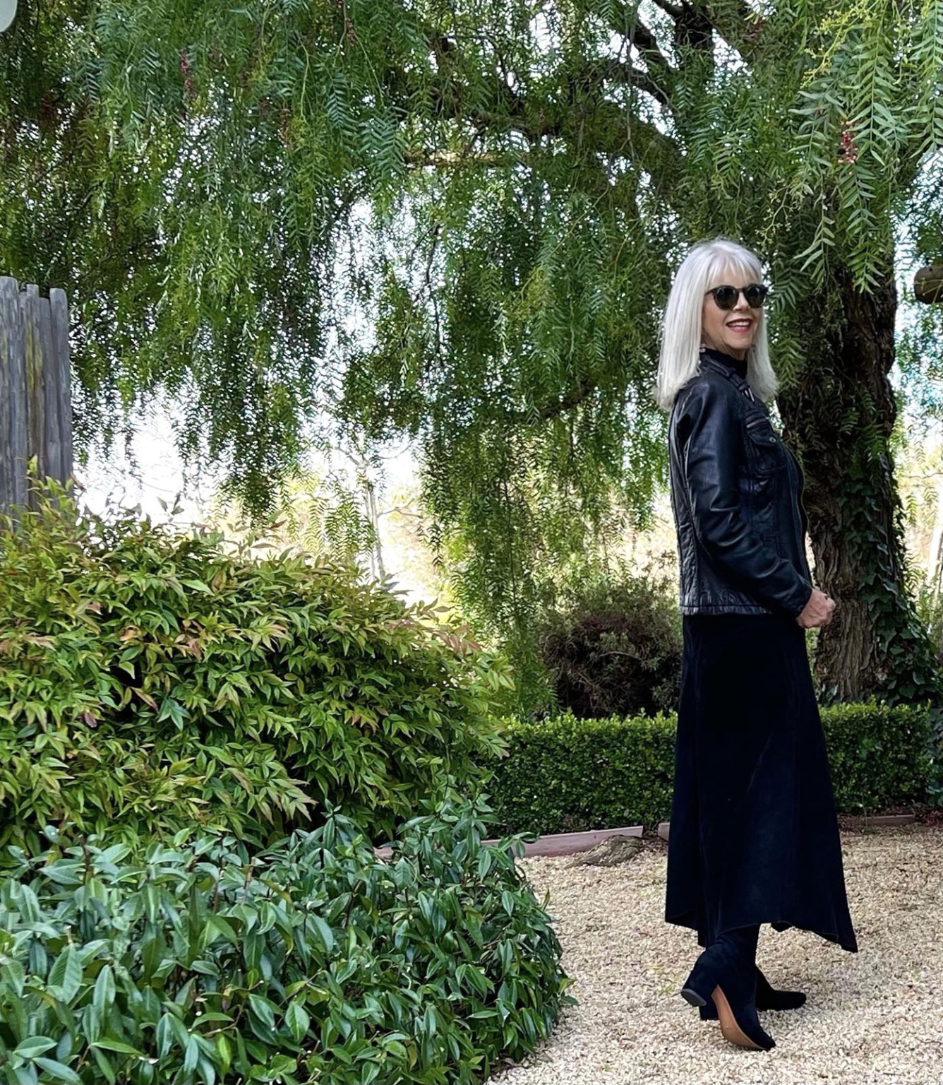 HOW TO STYLE ALL BLACK AFTER 50