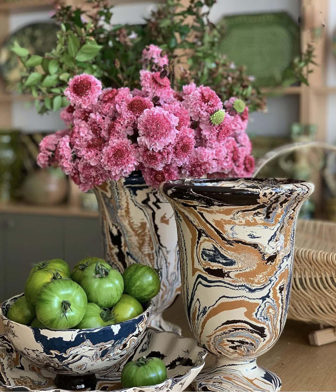 La Tuile de Loop Marbelized Vases