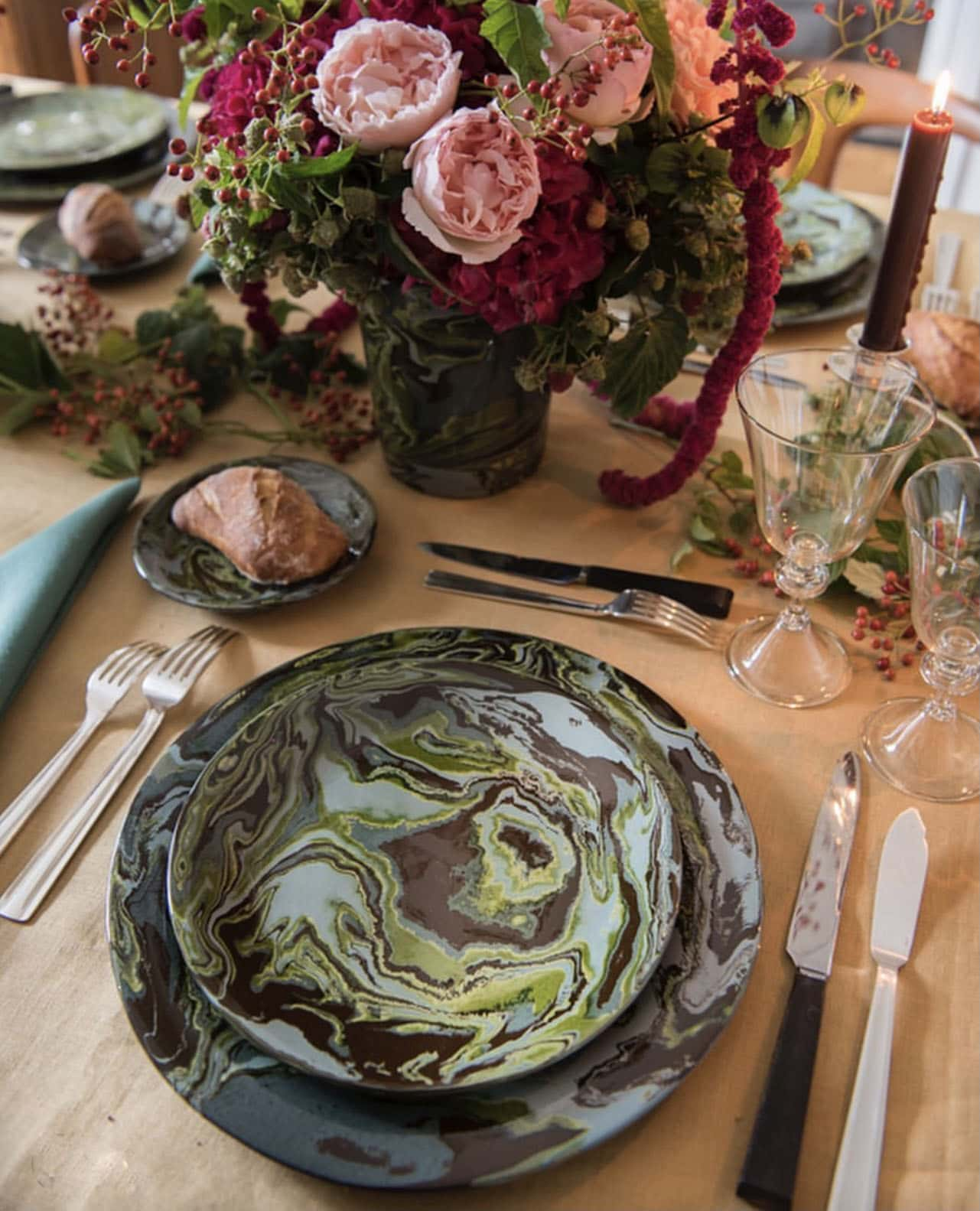 green marbelized tablescape from La Tuile a Loop