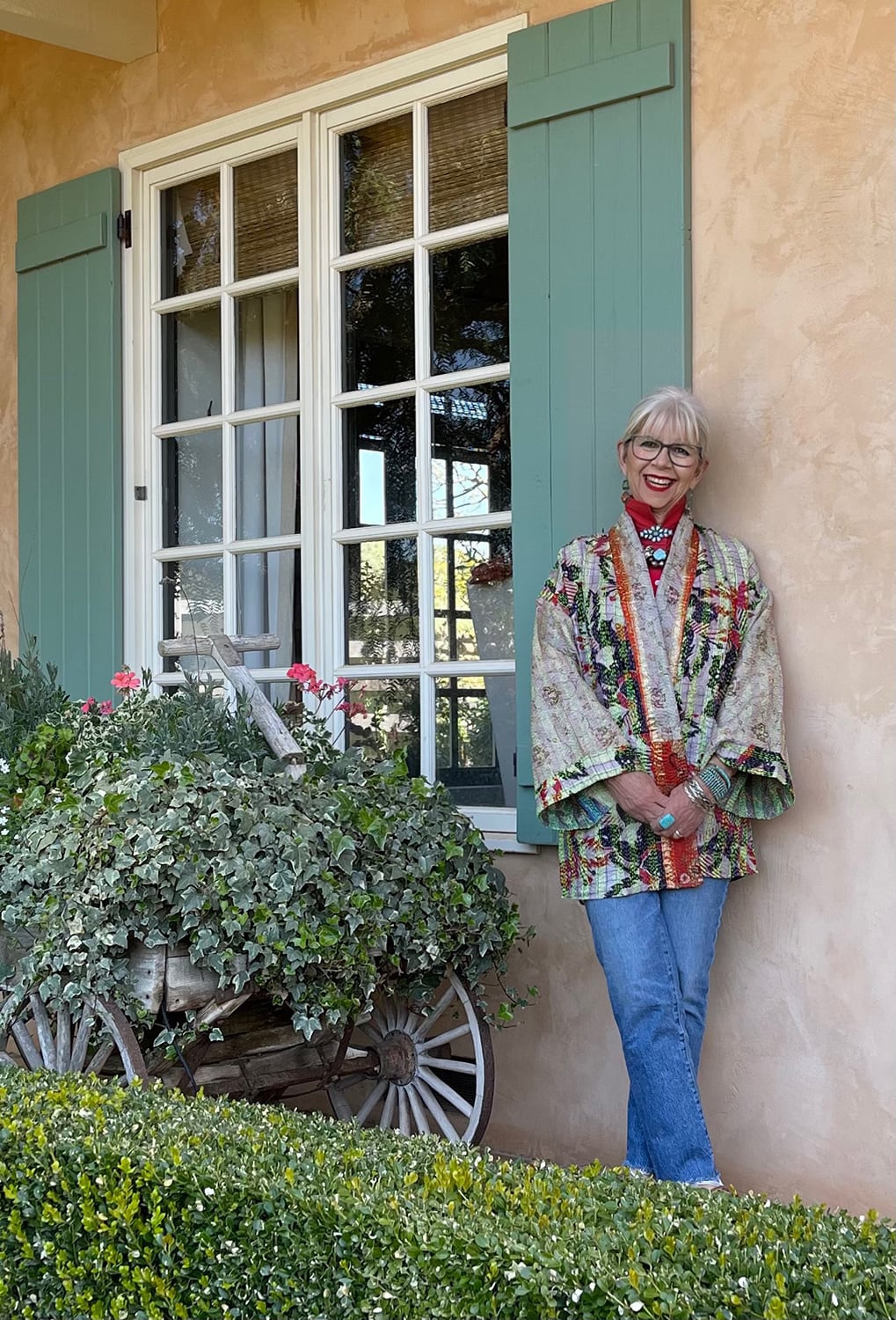 cindy hattersley in kantha kimono and madewell jeans