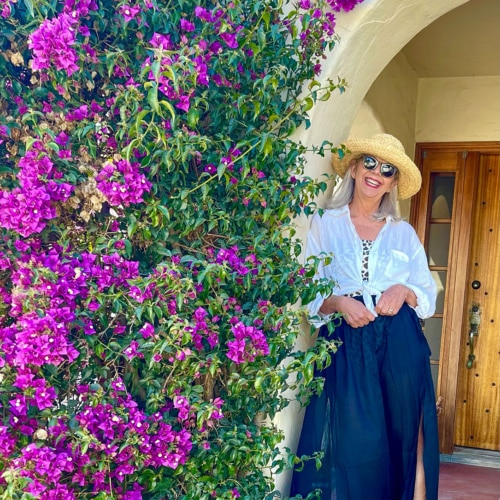 cindy hattersley in j crew skirt & suit & cp shades shirt