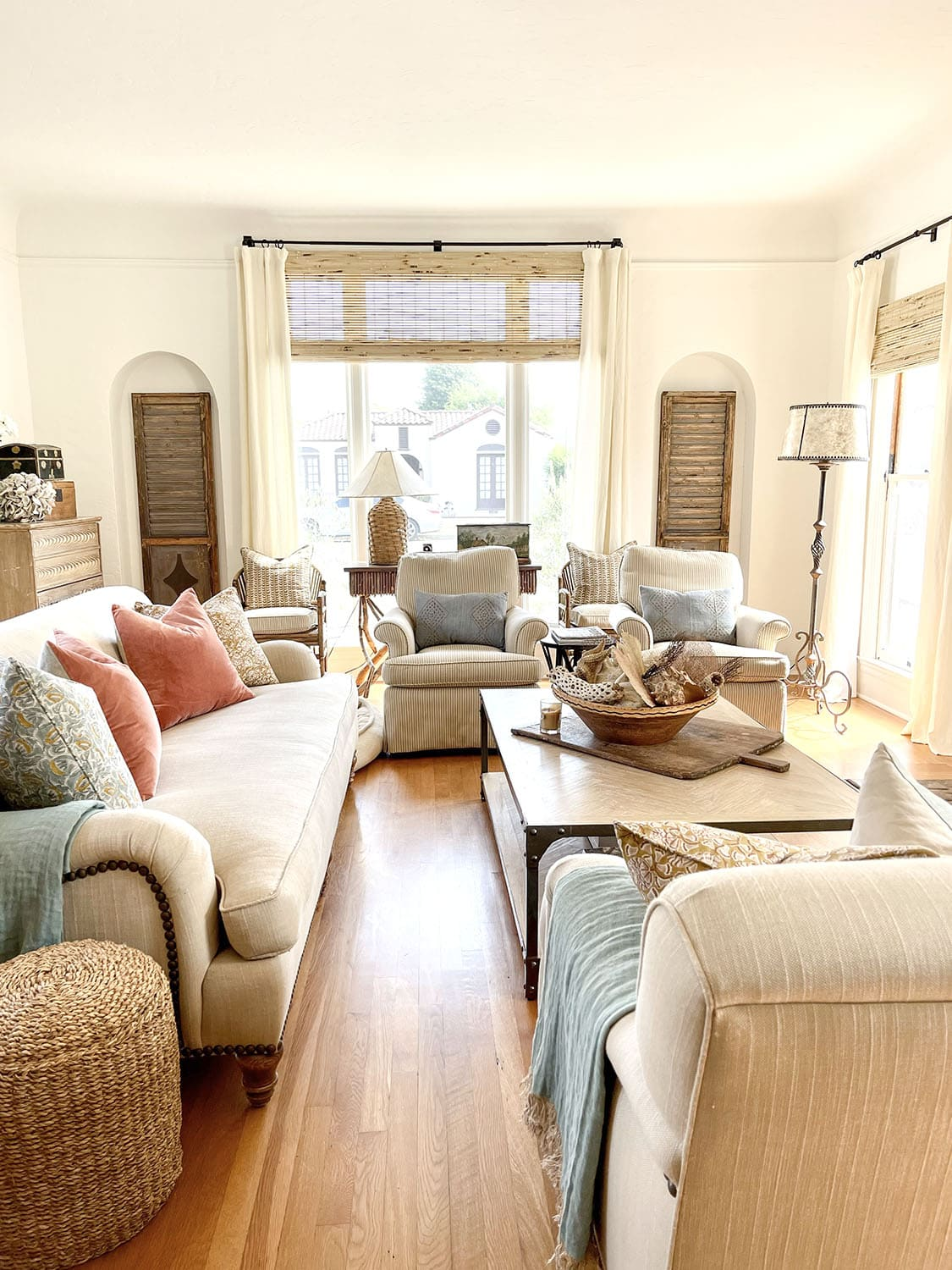cindy hattersley fixer upper living overall