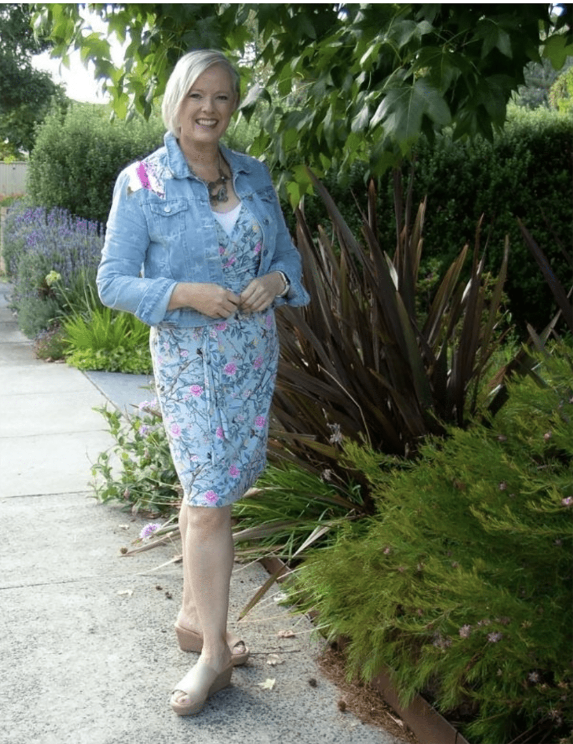 Image Consultant imogen in floral dress