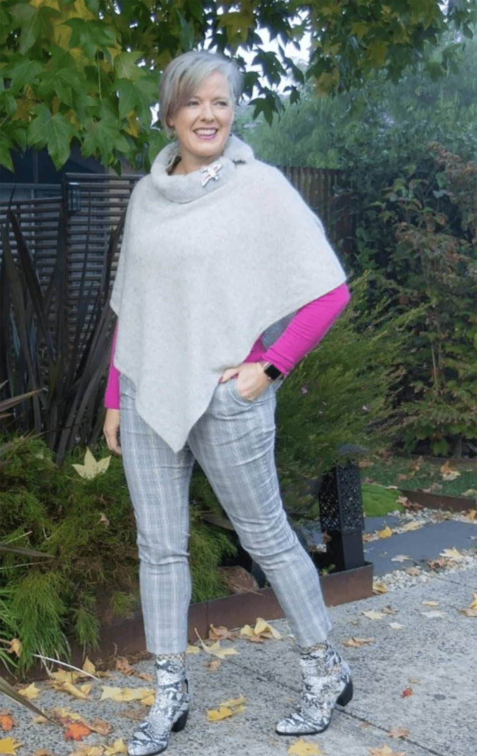 Image Consultant imogen in gray poncho